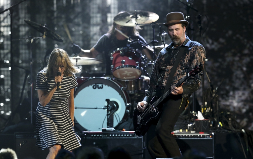 Kim Gordon, Nirvana, Krist Novoselic, Dave Grohl, Rock and Roll Hall of Fame Induction Ceremony