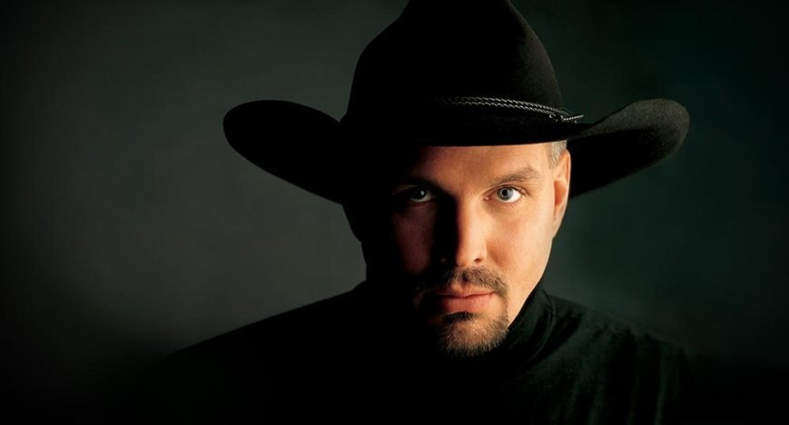 Garth Brooks' comeback in the works includes a new album to be released in November, 2014 (Photo: courtesy of wynnlasvegas.com)