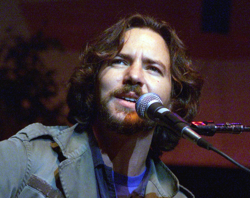 "Pearl Jam frontman Eddie Vedder showcases anti-war sentiment with live performance of John Lennon's classic ""Believe."" (Photo: courtesy of MTV.com)"